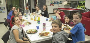 La maison des jeunes L'Atôme organise des soupers à toutes les semaines! Photo : courtoisie