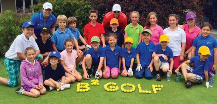 Des camps de golf pour les jeunes for Golf interieur rive sud
