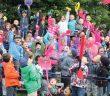 Cantons'active a contribué à l'achat d'équipements sportifs pour le service de garde de l'école primaire Harfang-des-neiges. Photo : Ann Mercier