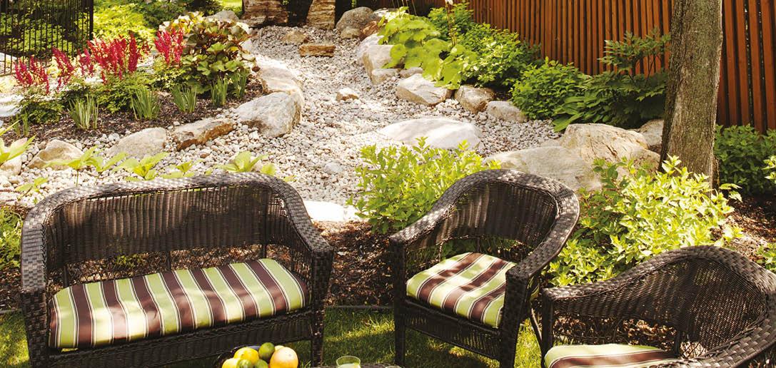 am nager son jardin en terrain humide. Black Bedroom Furniture Sets. Home Design Ideas